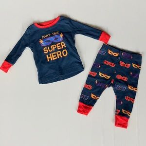 Baby Boy's Old Navy Super Hero Pajama Set.